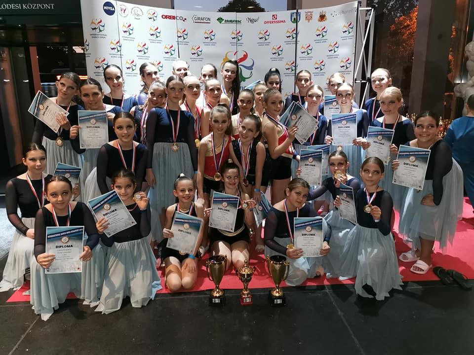 Plesni klub Balans Code nastupio na International Dance Open Budapest